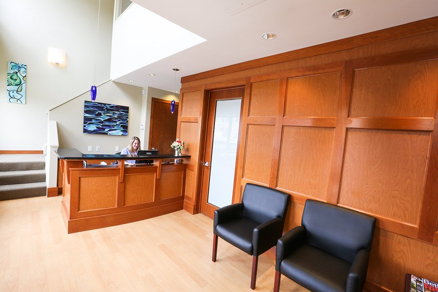 gallery-rockville-perio-Periodontist-doctor-elbert-chang-photo-by-jihonation-IMG_4150